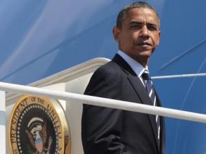 Barack-Obama-on Air Force One